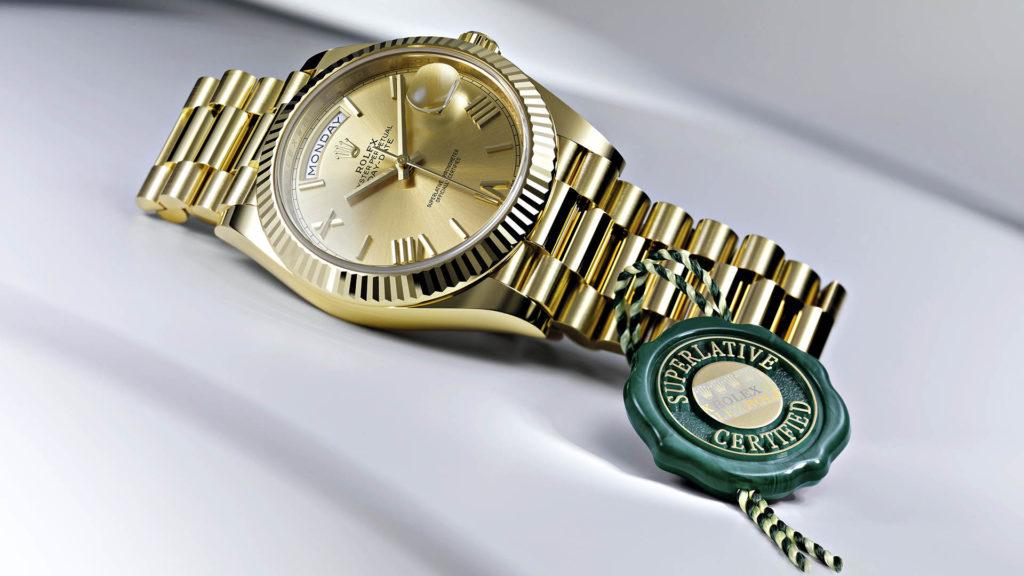 Rolex verleiht seit 2015 den Begriff «Chronometer der Superlative», garantiert von einem Siegel.