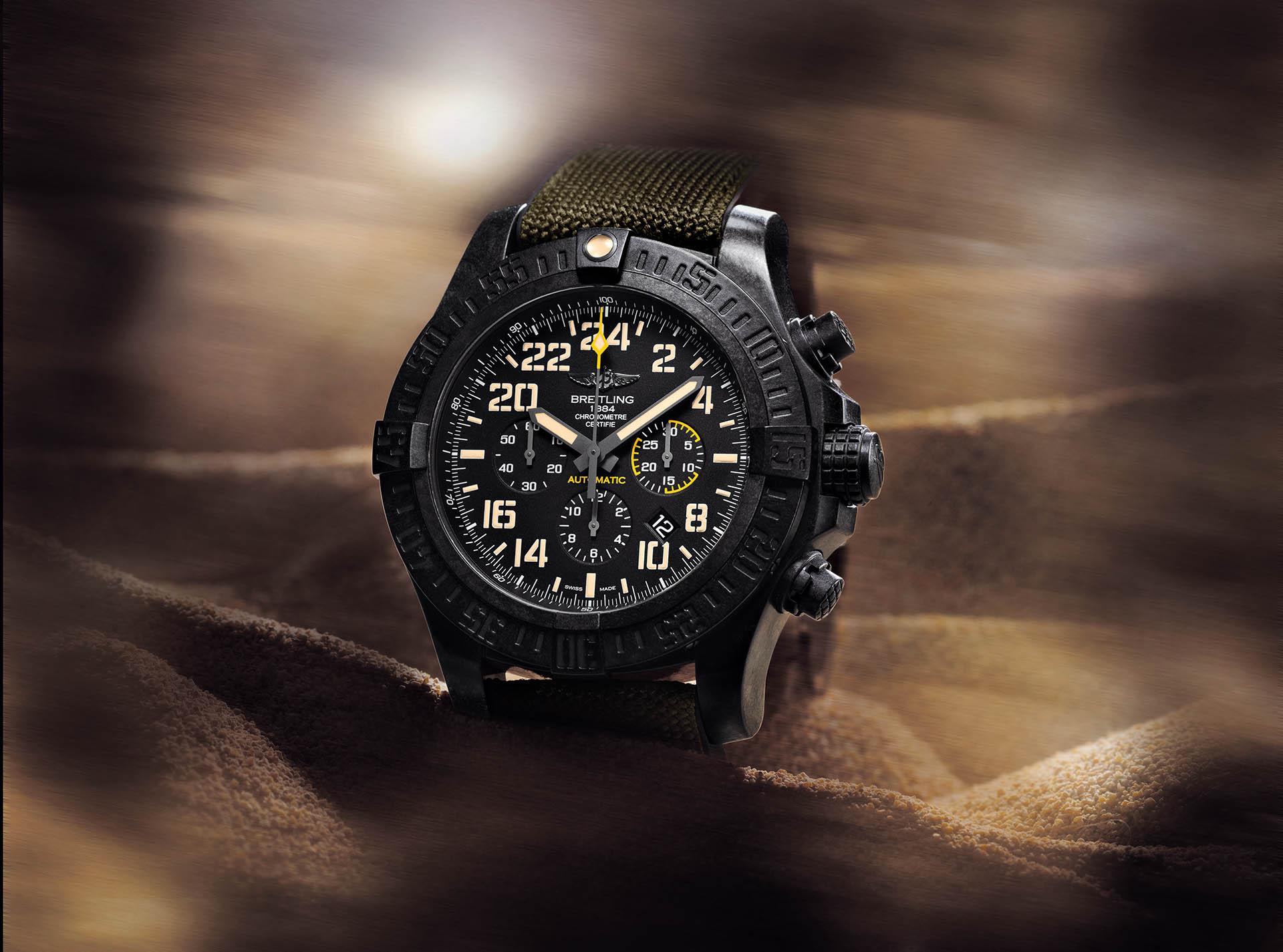 Avenger Hurricane Military von Breitling