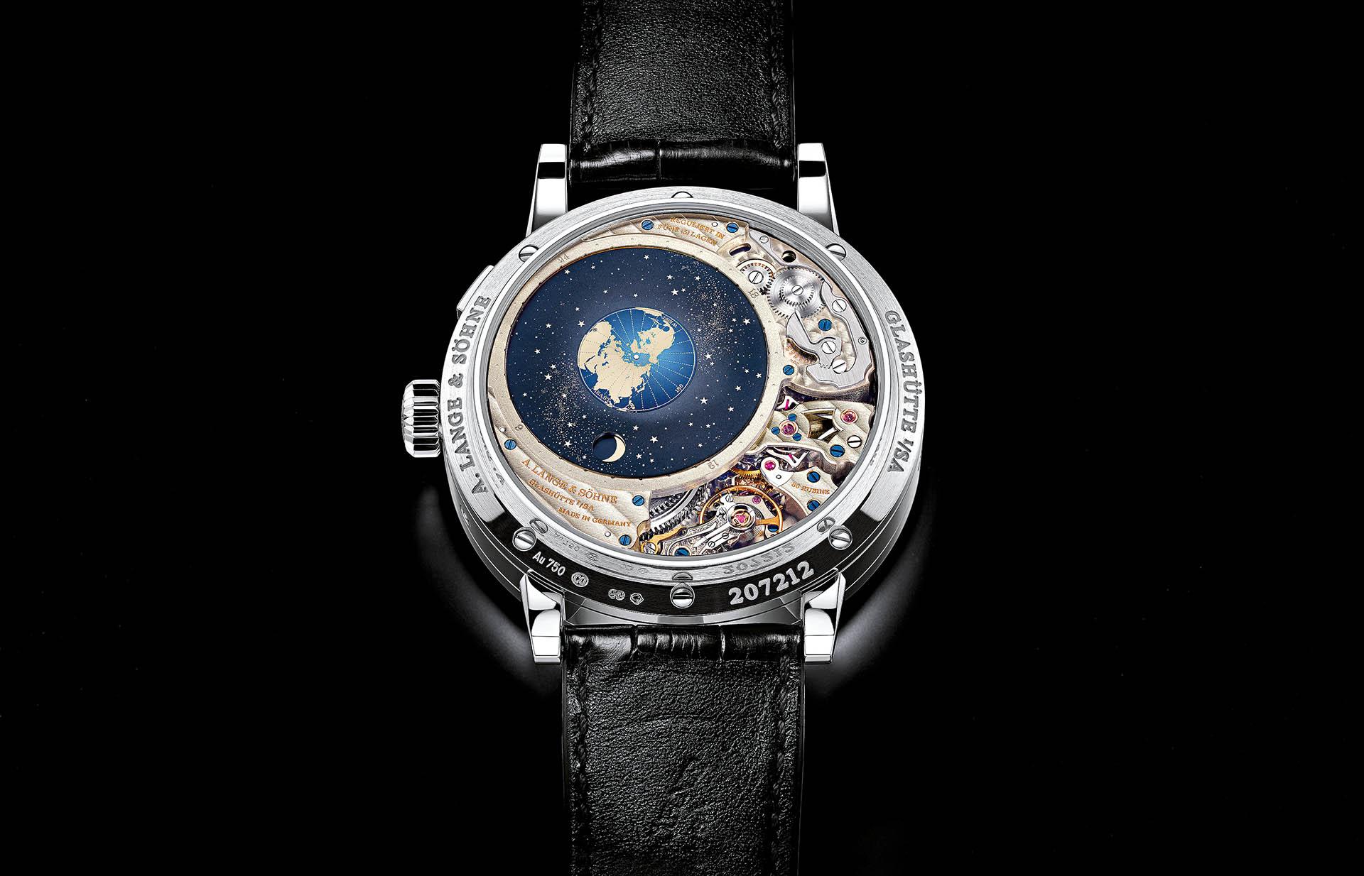 Rückseite der Terraluna von A. Lange & Söhne mit orbitaler Mondphasenanzeige.