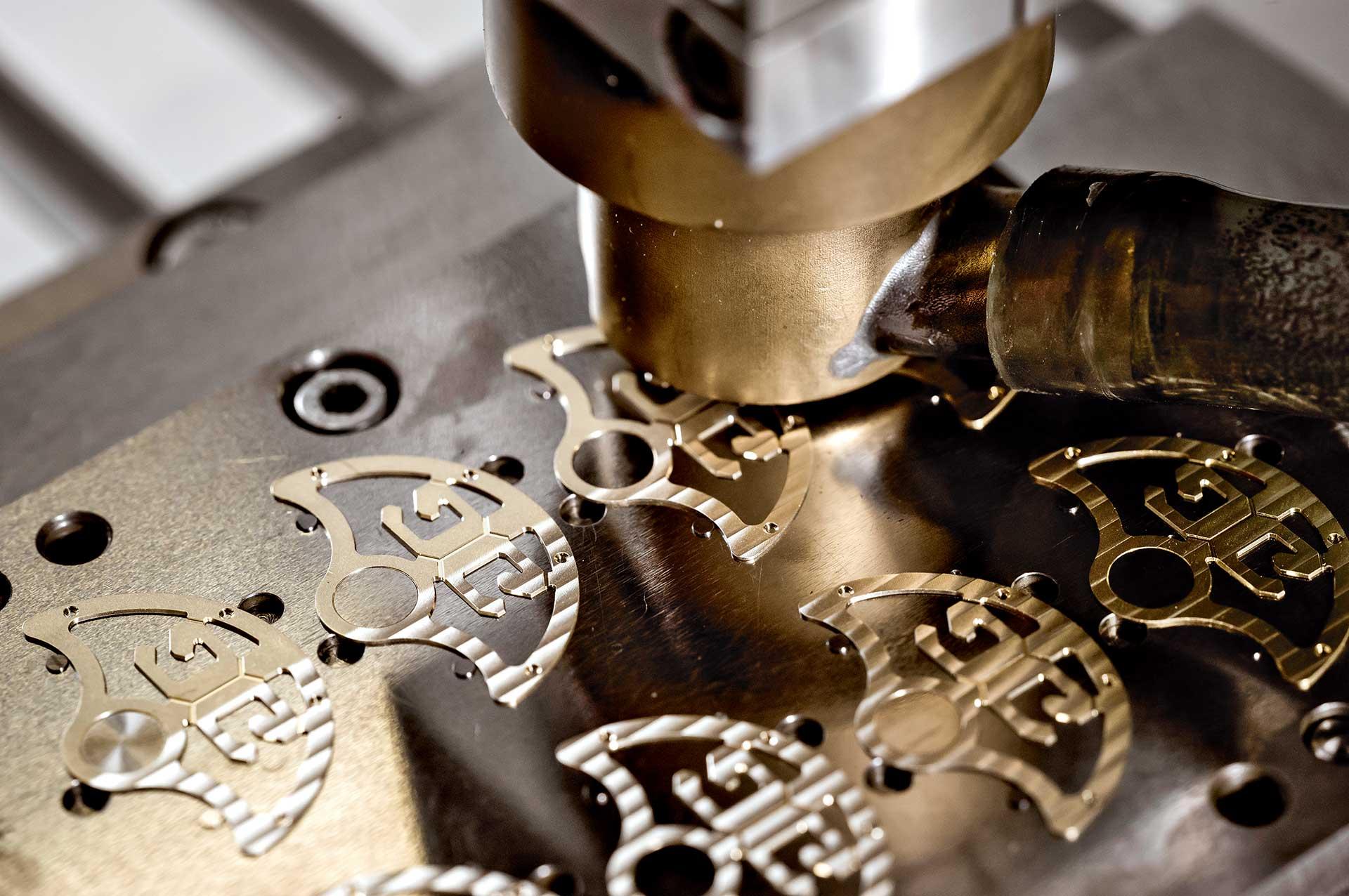 Der Rotor als Gestaltungselement: Bei Glashütte Original wird er mit dem skelettierten Logo und einem Zierschliff dekoriert.