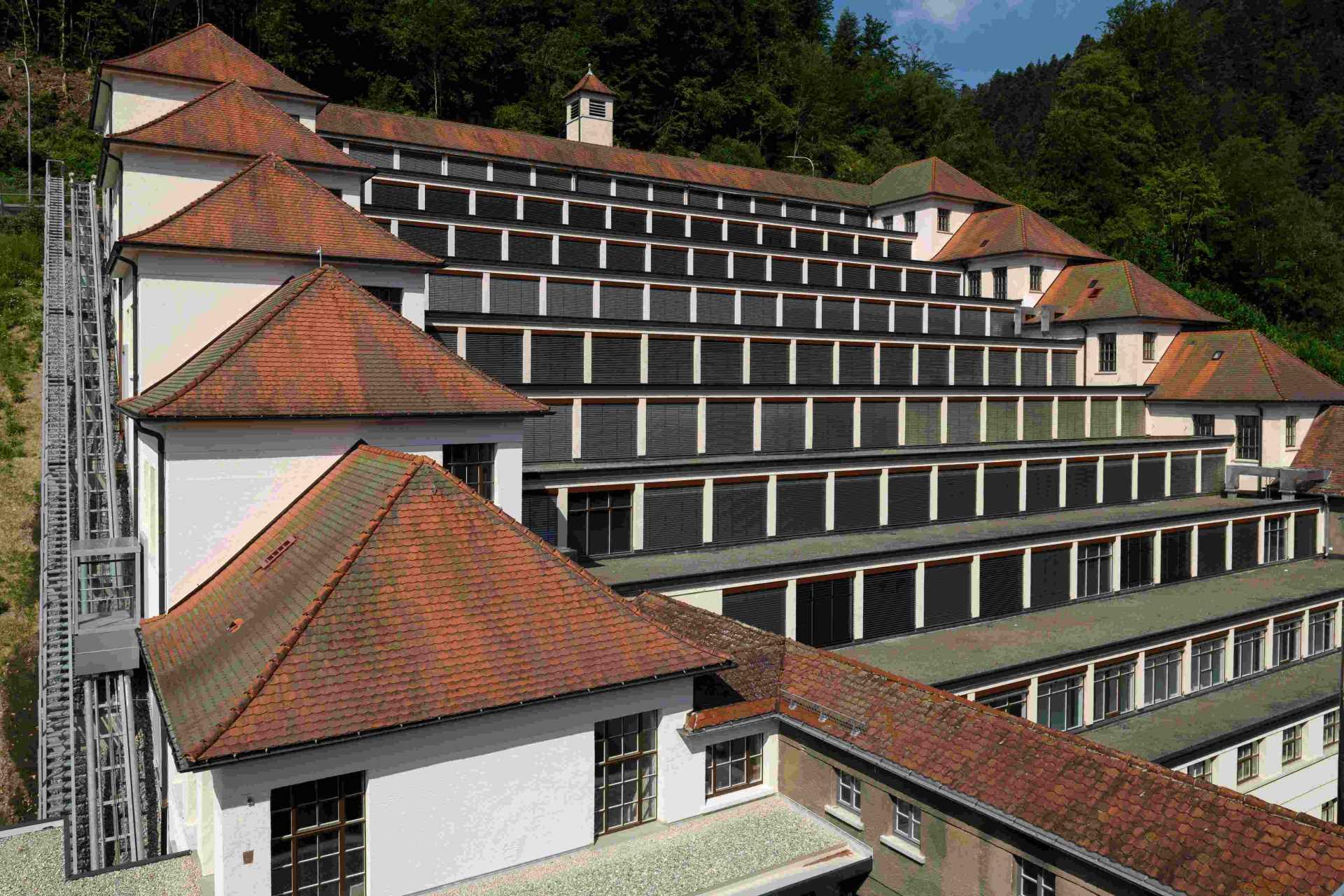 Der Junghans Terrassenbau in Schramberg beherbergt nun ein Museum.