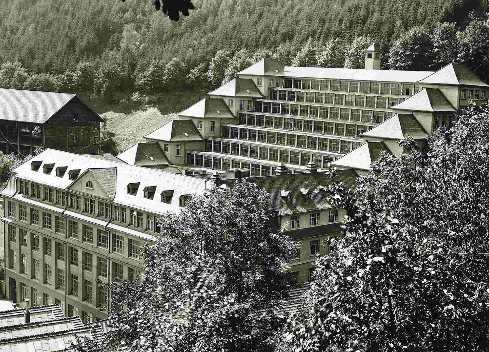 Historische Ansicht des 1918 gebauten Junghans Terrassenbaus.