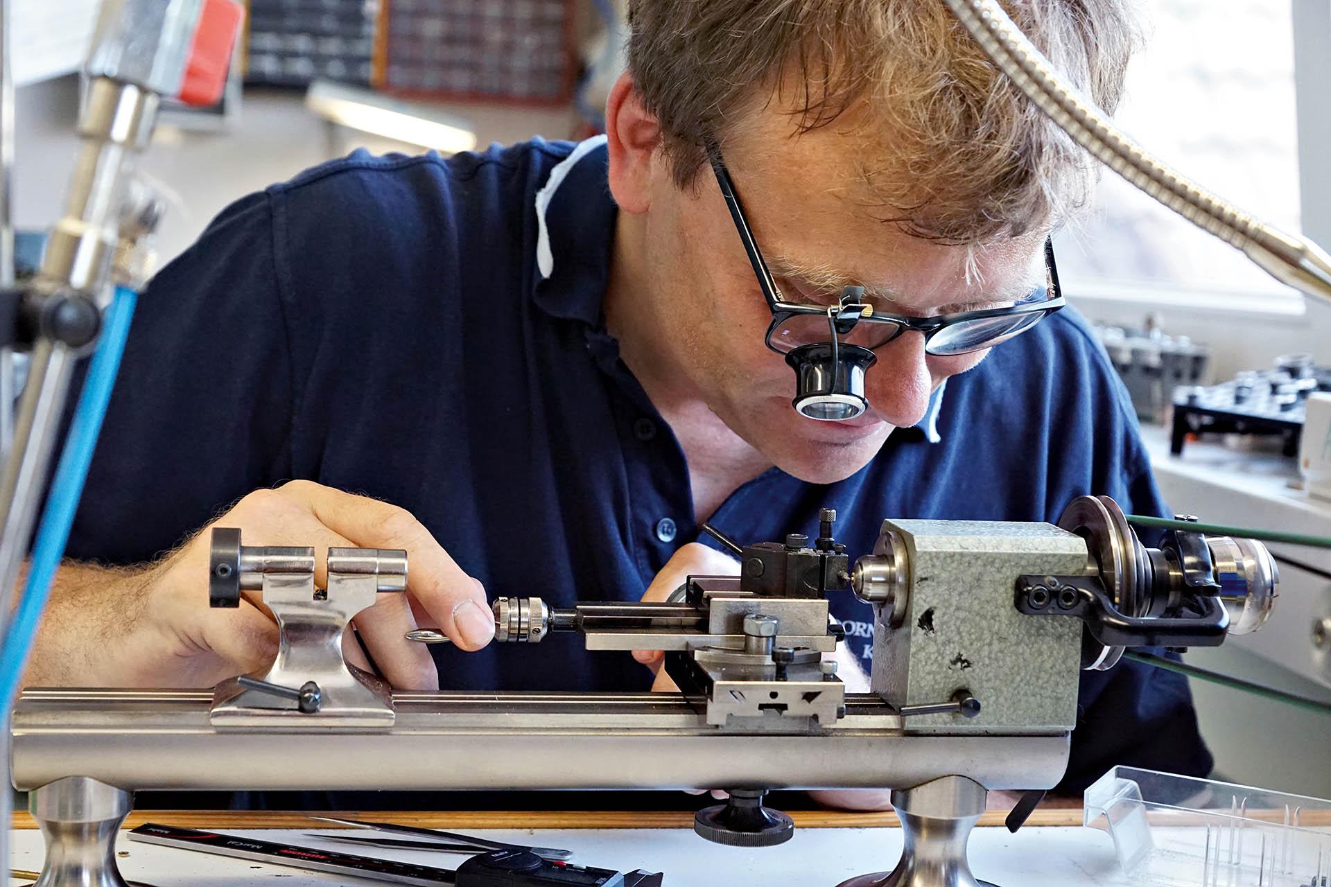 Dirk Dornblüth, D. Dornblüth & Sohn, Kalbe/Milde, Manufaktur, Made in Germany, Manufakturkaliber, deutsche Uhren,