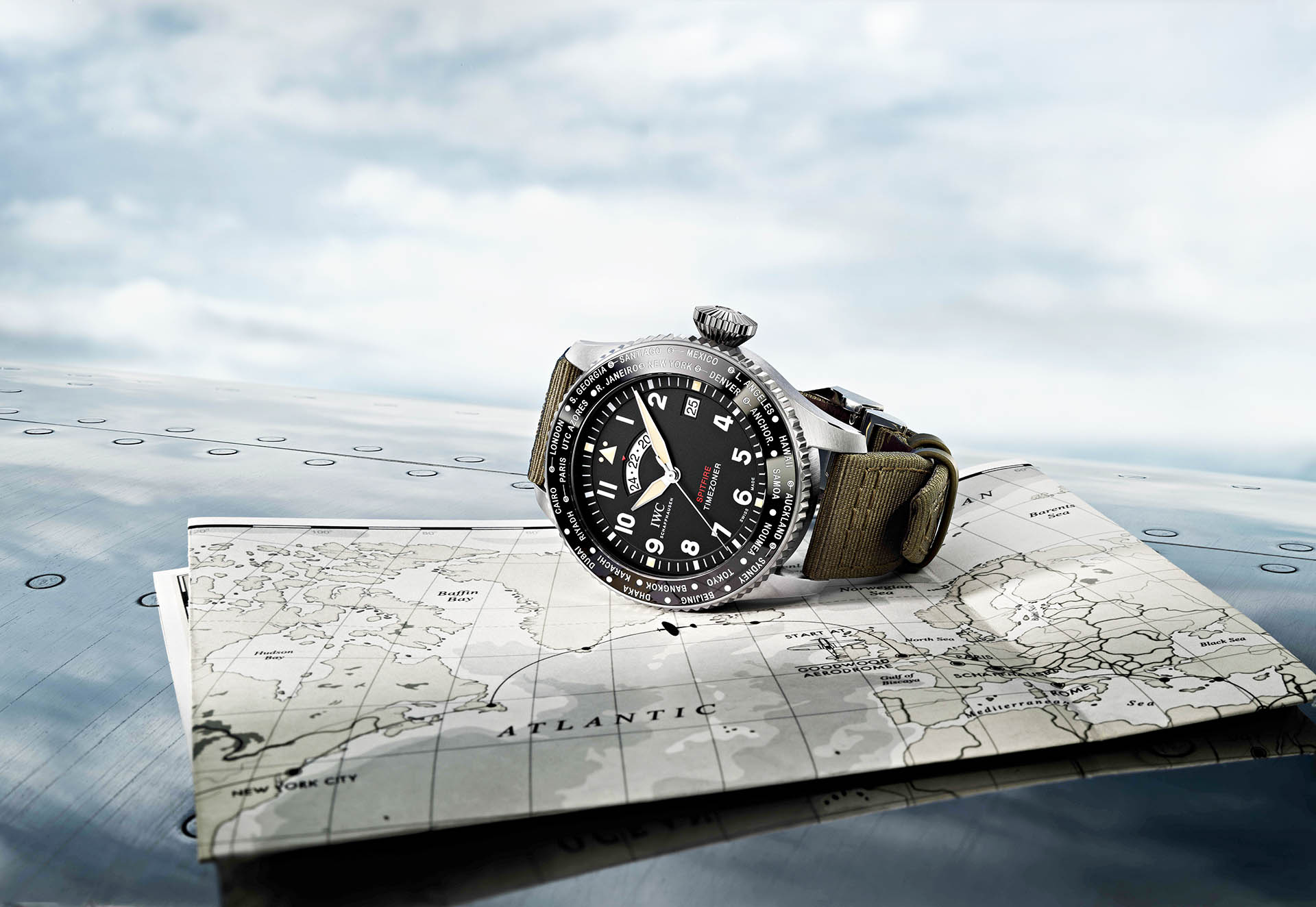 Spitfire Timezoner von IWC