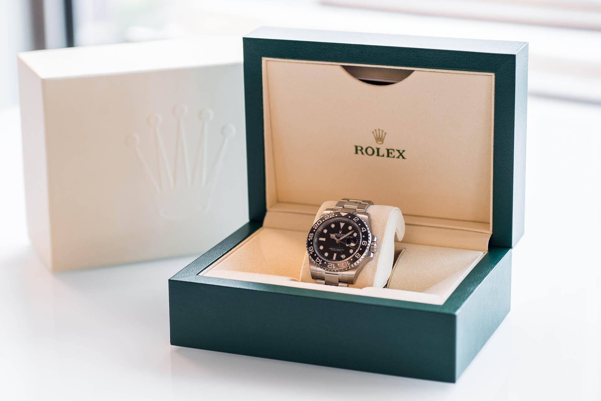 Das Geschäft mit Rolex-Uhren läuft über angekaufte Uhren von Privat, neuwertig oder gebraucht, aber immer mit Papieren.