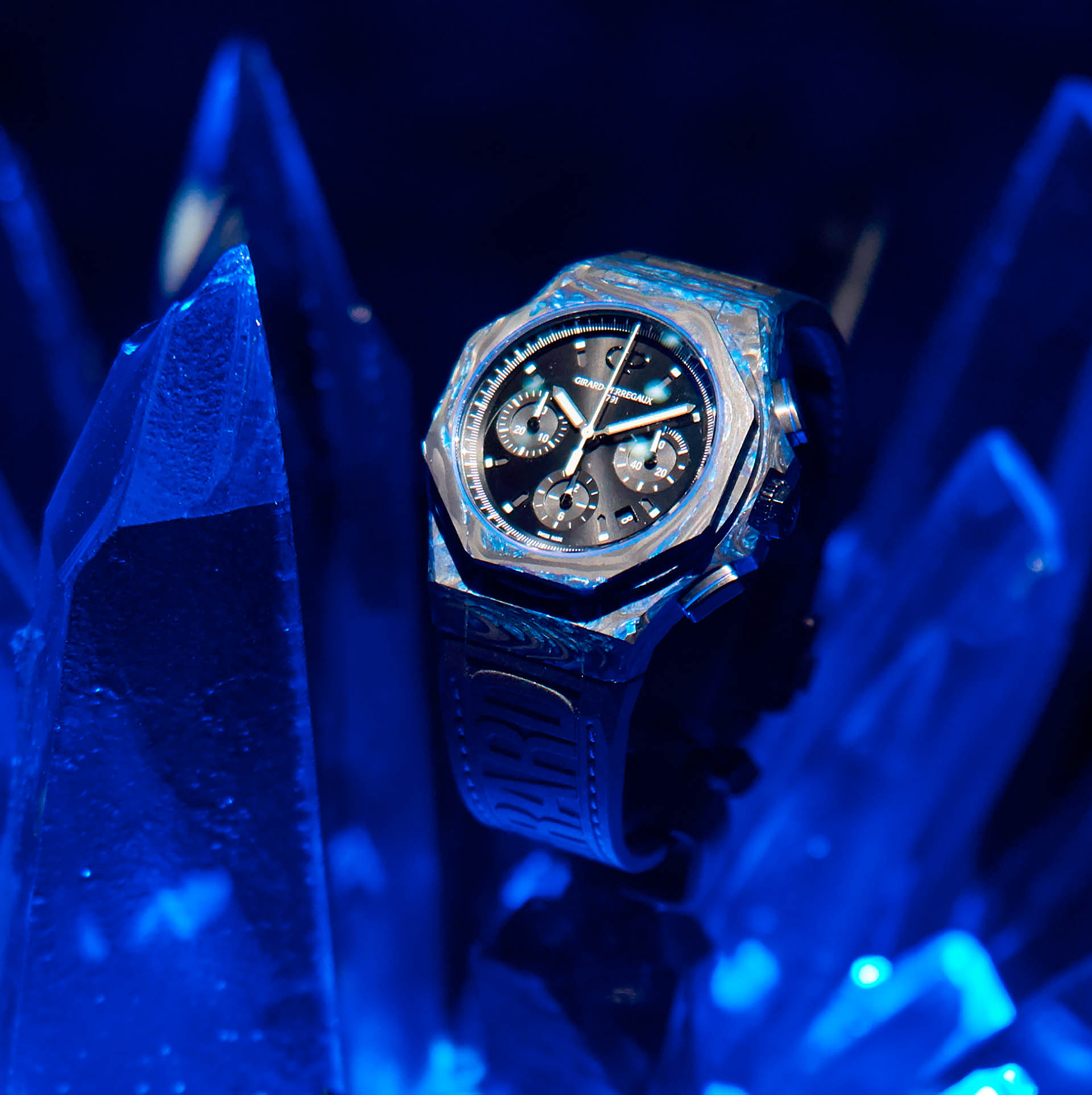 Girard Perregaux Carbon Glass