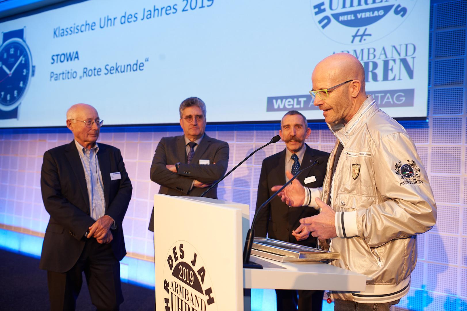 Die Leser von ARMBANDUHREN, WELT am SONNTAG und ICON wählten die Stowa Partitio zur Klassischen Uhr des Jahres. Firmeninhaber Jörg Schauer bedankte sich mit einer kurzen Rede zu «schönen Uhren aus dem Schwarzwald» für die Auszeichnung.