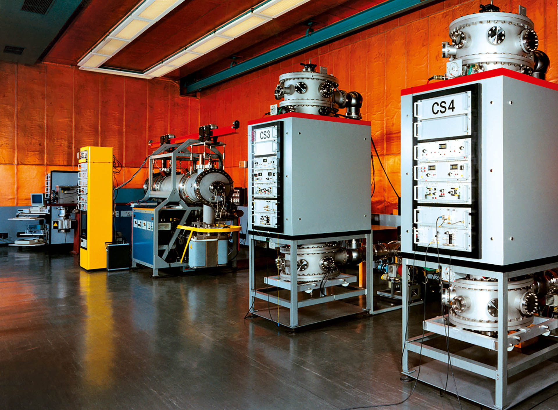 Atomuhren der Physikalisch-Technischen Bundesanstalt in Braunschweig