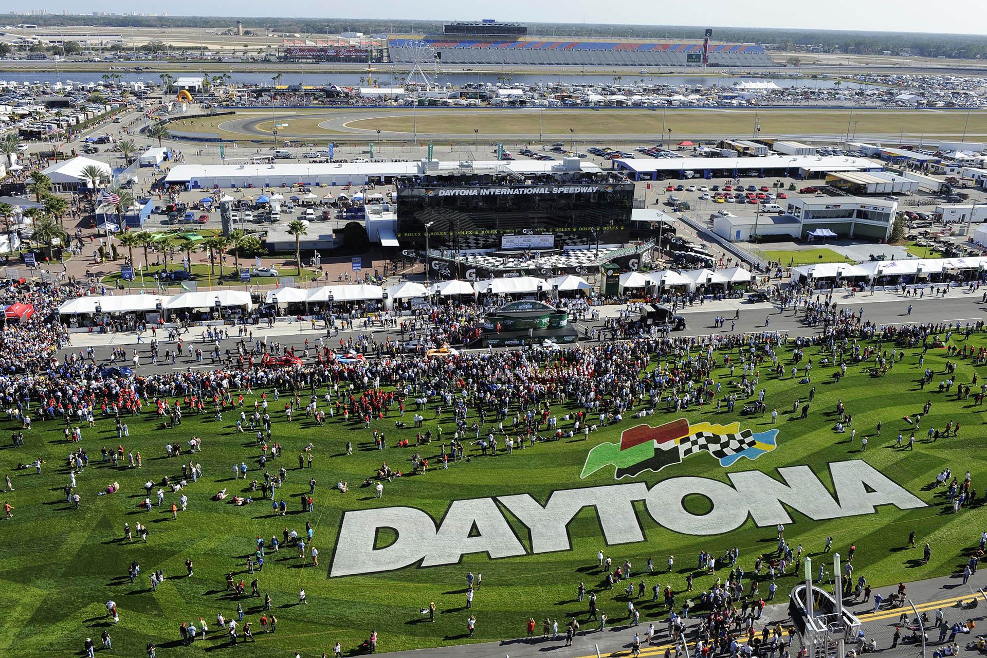 Rolex ist offizieller Zeitnehmer der drei großen Langstreckenevents: Le Mans, Sebring und Daytona.