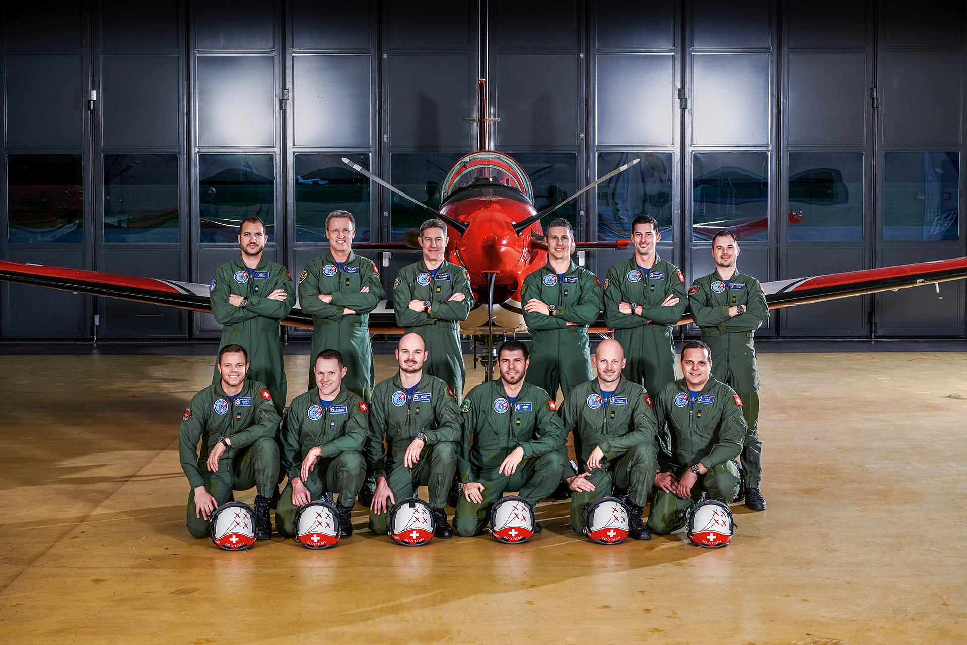 PC-7 TEAM der Schweizer Luftwaffe Fortis Uhren
