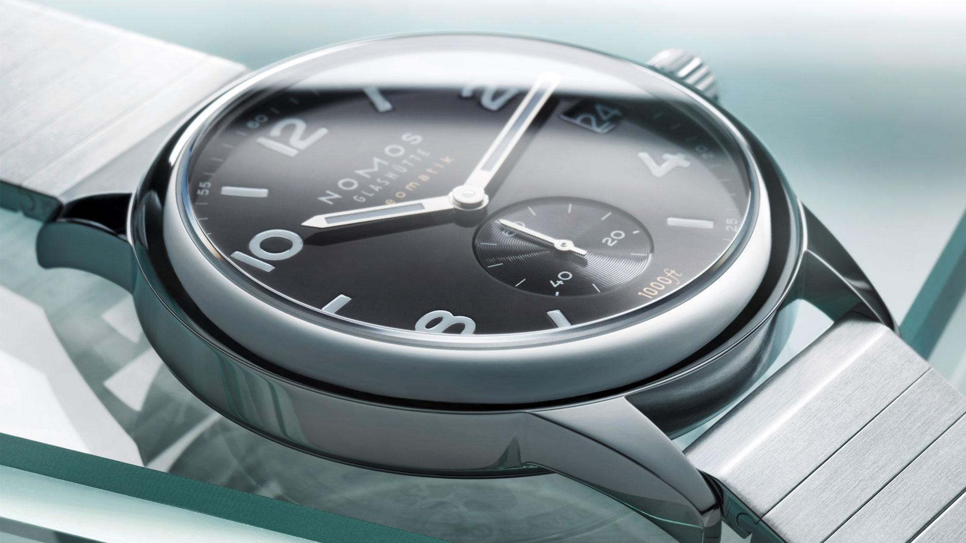 Armbanduhr von Nomos die Club Sport