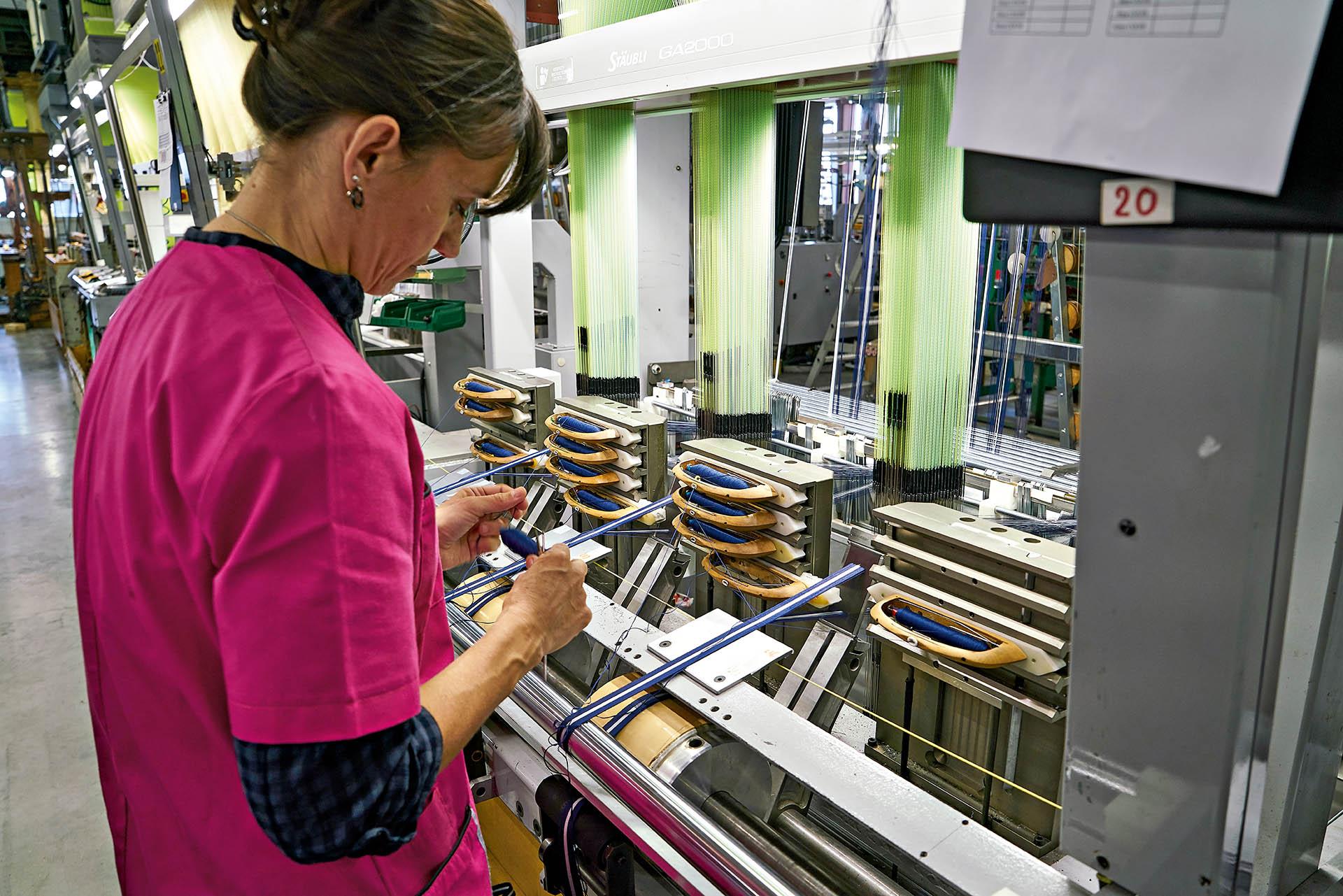 Textilbandherstellung für Tudor bei Julien Faure