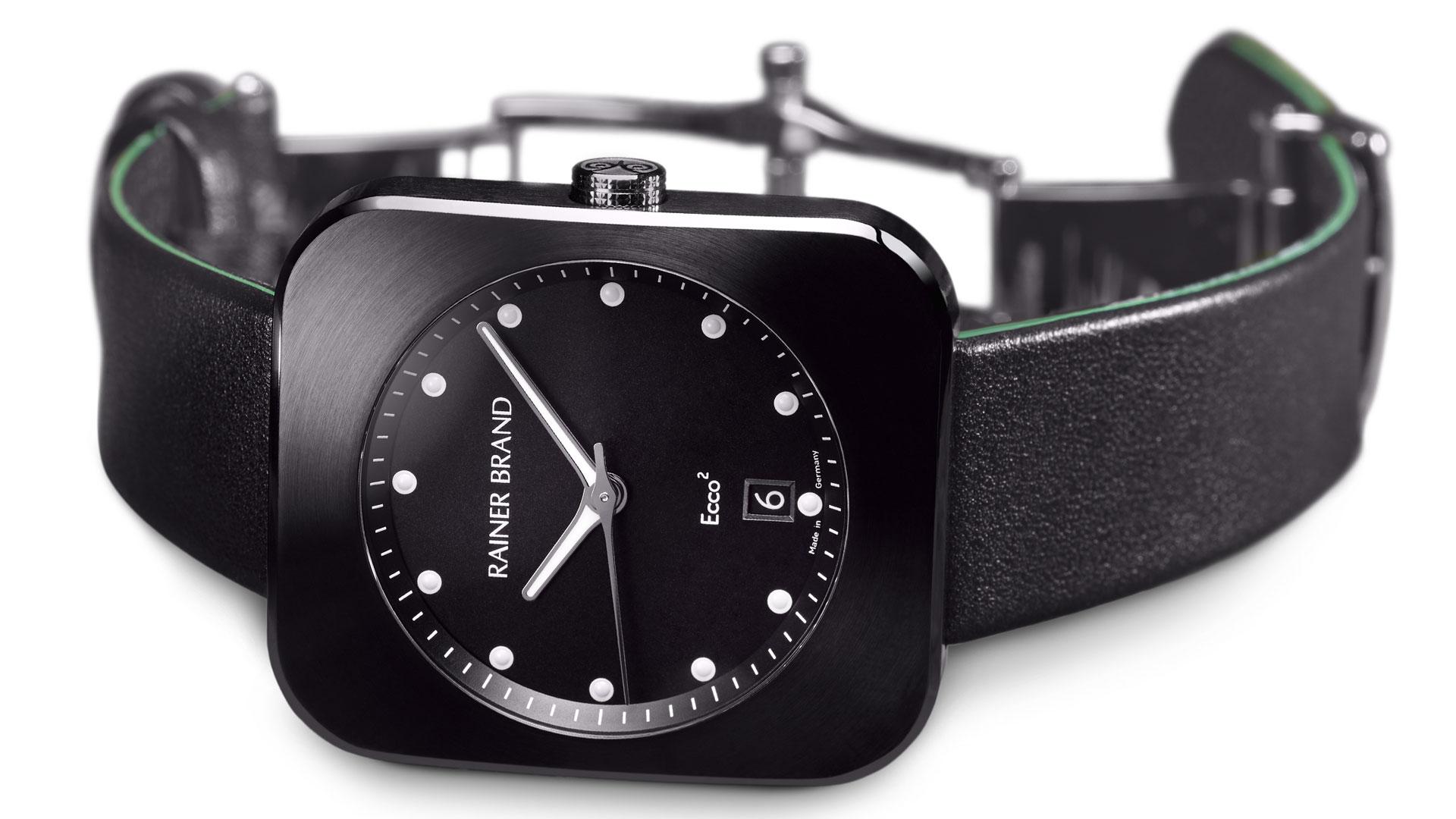 Rainer-Brand-Ecco2-in-schwarz