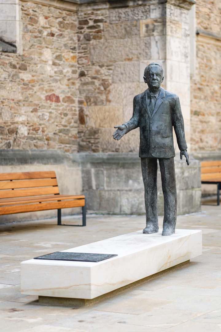 Walter Lange Denkmal