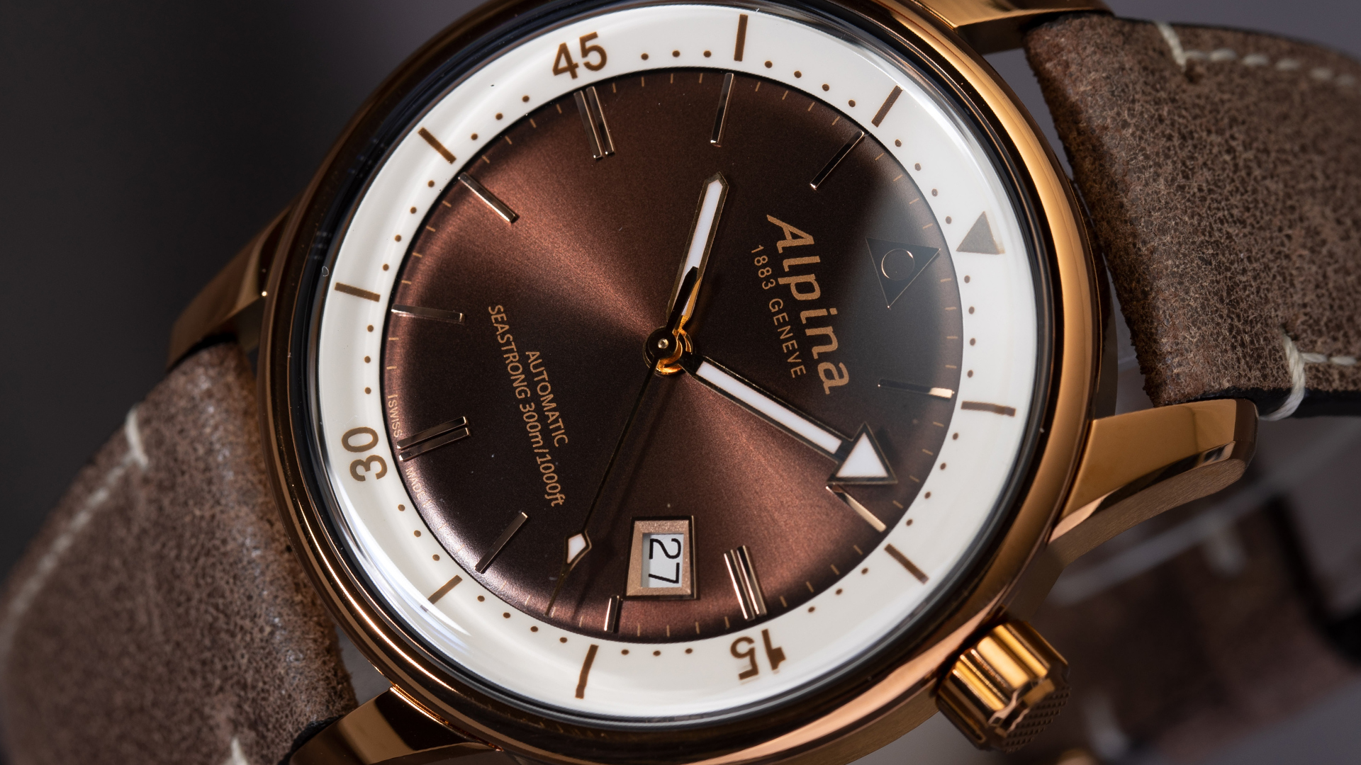 Alpina-Seastrong-Zifferblatt-Details